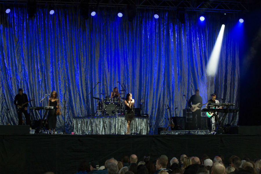 The Corrs plus special guest Jack Savoretti - Photo